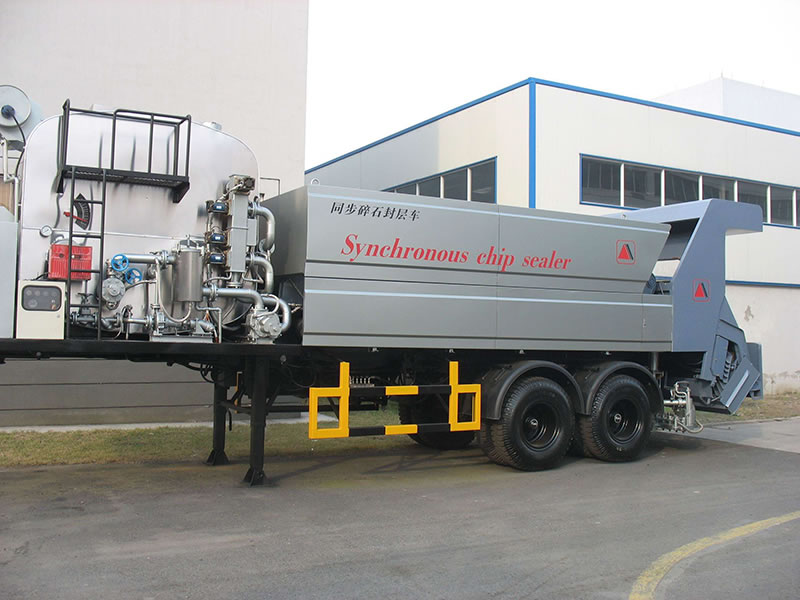 Trailer Asphalt Sealcoating Machine and Applicator